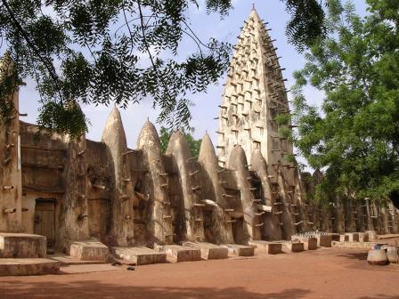 Cases dun village au Burkina Faso